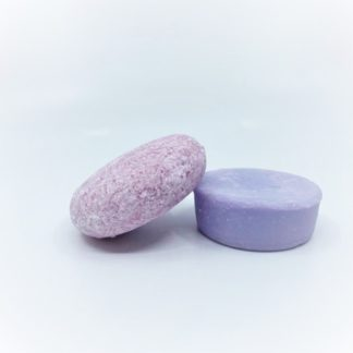 Set of lavender shampoo and conditioner bars from Pink Maverick.